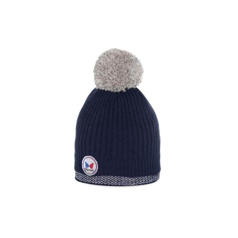 Parce qu il est la pièce phare pour se protéger du froid, le bonnet pompon  a toujours la cote. Le modèle Unaï a tout pour plaire à votre garçon, ... e393a59c18e